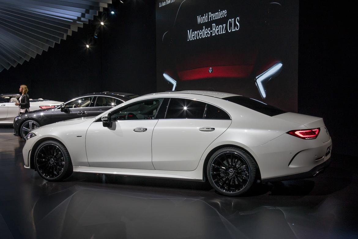 01-<a href=mercedes.php > <a href=mercedes.php > Mercedes </a> </a>-benz-cls-2019-17LAAS--angle--autoshow--exterior--rea