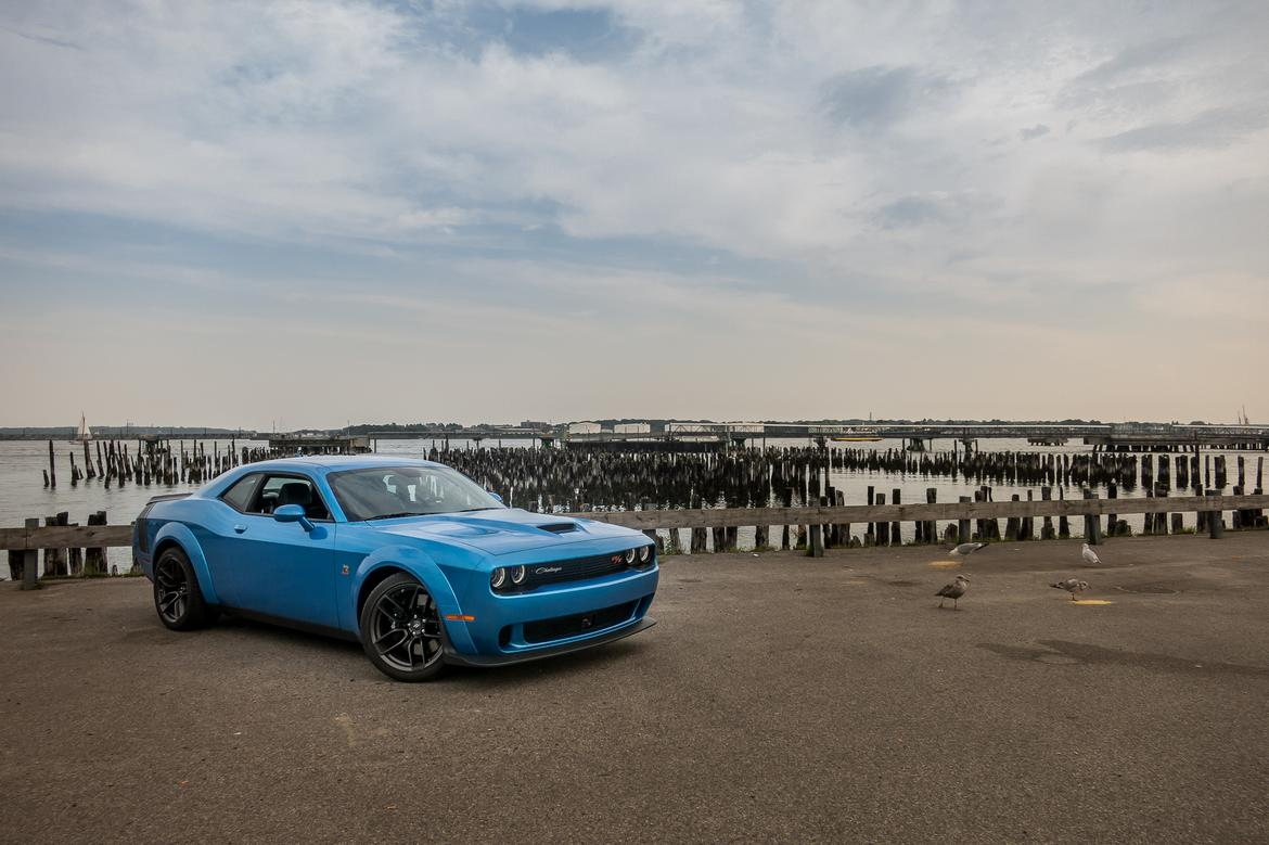 01-<a href=https://www.autopartmax.com/used-dodge-engines>dodge</a>-challenge-scat-pack-widebody-2019-angle--blue--exterior