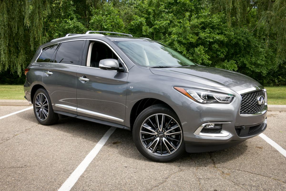 2017 Infiniti QX60: Our View