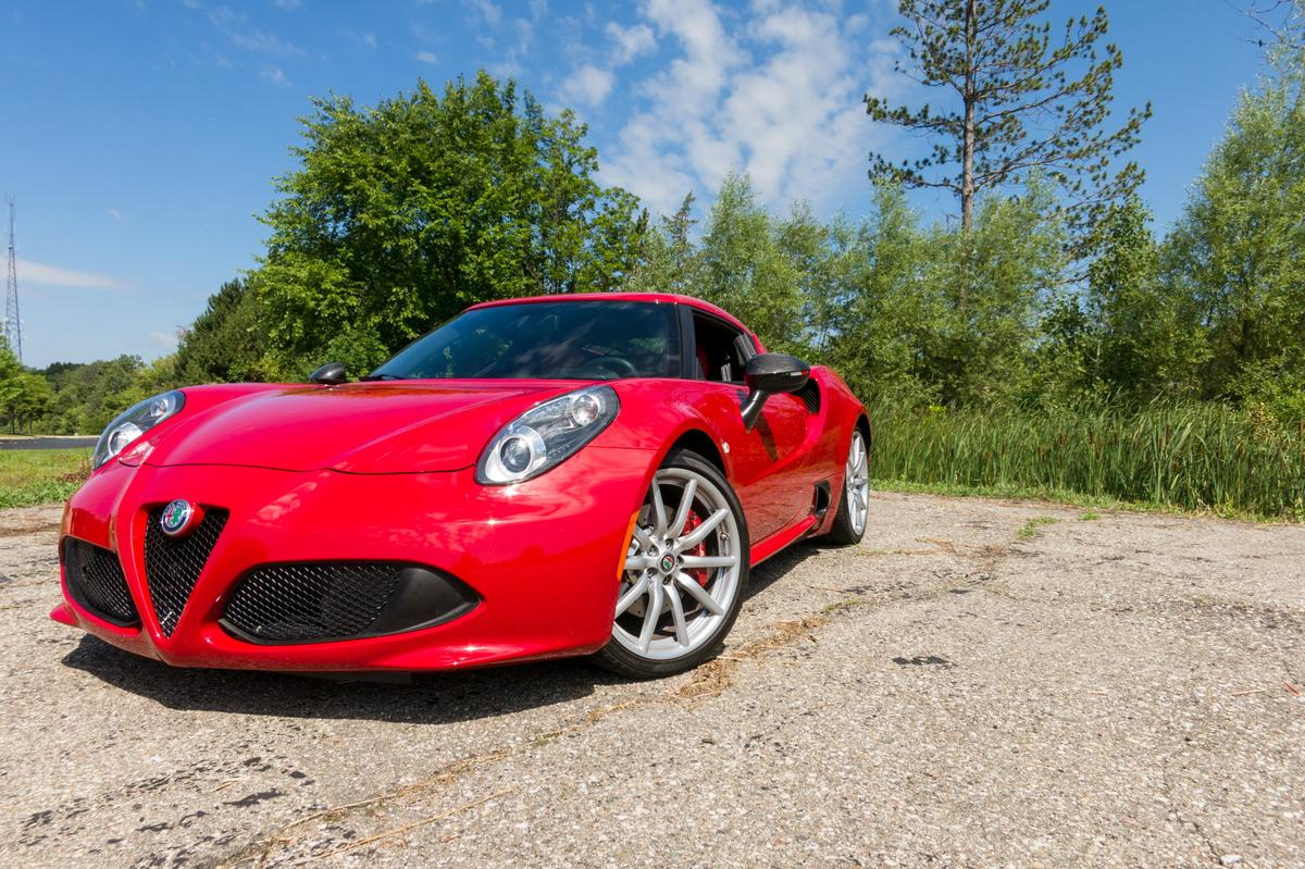 2017 Alfa Romeo 4C: Our View