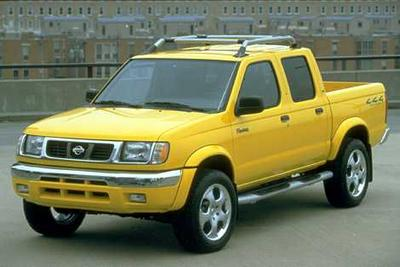 Used 2000 Nissan Frontier XE Crew Cab
