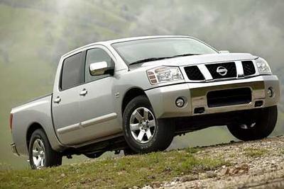 Used 2004 Nissan Titan LE Crew Cab