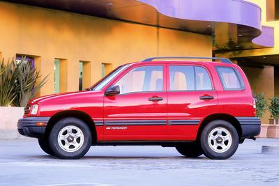 Used 2004 Chevrolet Tracker ZR2