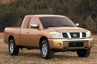Used 2005 Nissan Titan XE Crew Cab