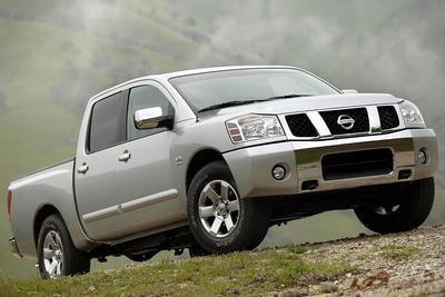 Used 2006 Nissan Titan SE Crew Cab