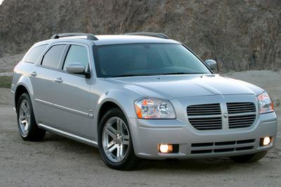 Used 2006 Dodge Magnum Base