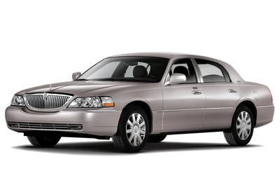 Used 2008 Lincoln Town Car Signature Limited