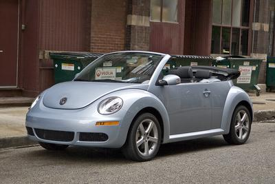 Used 2010 Volkswagen New Beetle HATCHBACK