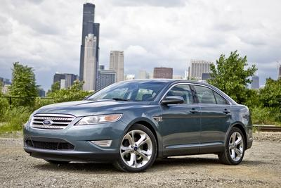 Used 2011 Ford Taurus SE