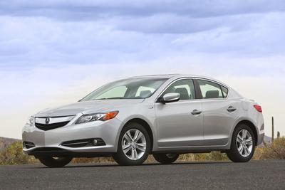 Certified 2013 Acura ILX Hybrid TECHHYB