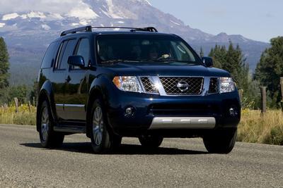 2012 Nissan Pathfinder Silver