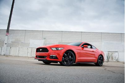 2015 Ford Mustang: Car Seat Check