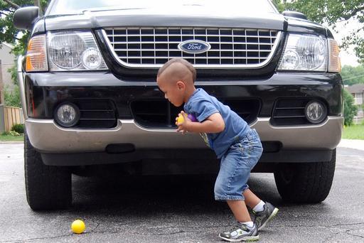 Tragedy Shows Front Blind Spot Also a Danger for Kids