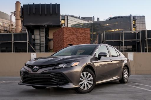 2018 Toyota Camry Hybrid: Our View