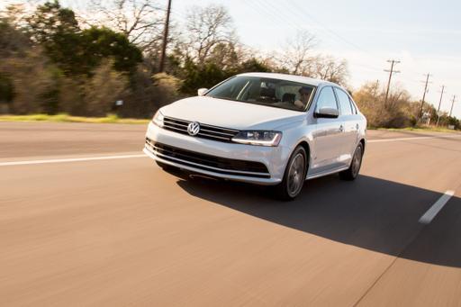 2017 Volkswagen Jetta Review: Photo Gallery