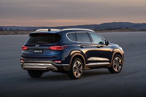 2019 Hyundai Santa Fe, Accent Earn Crash-Test Kudos