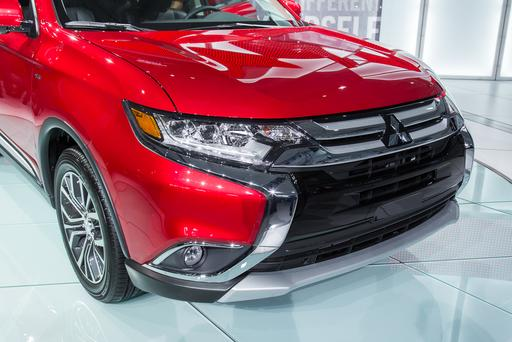 2016 Mitsubishi Outlander Heads in Right Direction