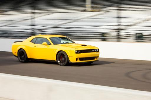 2018 Dodge Challenger SRT Hellcat Widebody: First Drive