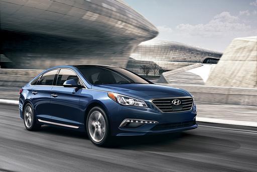 Hyundai Promises to Retrofit Some Sonatas with Free Apple CarPlay After Latest Delay