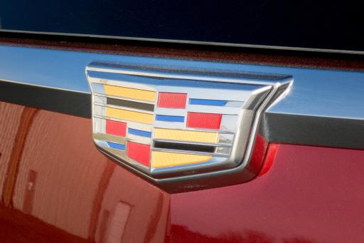 3-Row Cadillac XT6 SUV Likely to Debut in Detroit