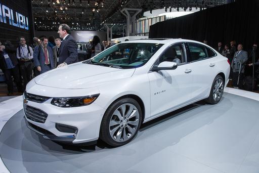 Chevrolet Drops New Malibu Price For 2016