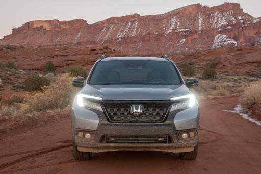 Top 5 Reviews and Videos of the Week: Honda Passport, Jeep Gladiator Bow
