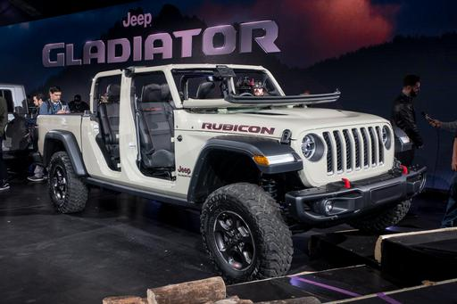10 Biggest 2018 L.A. Auto Show Stories: Jeep Gladiator Slays All Comers