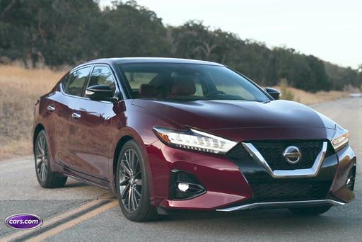 Refreshed Nissan Maxima Ups Style, Safety Ante for 2019: Video