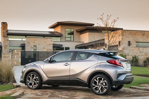 2019 Toyota C-HR Gets Price Cut, Apple CarPlay, Bigger Backup View