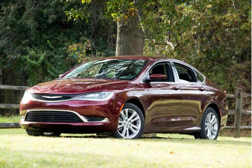 FCA to Cut Dodge Dart, Chrysler 200 in Shift to Pickups, Jeeps