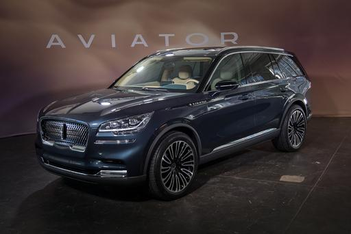 Lincoln Aviator Rises to the Occasion With Elevated Style, High Tech