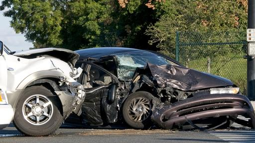 Older Cars Are More Likely to Kill You, Federal Safety Regulators Warn