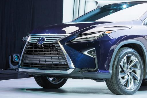 2016 Lexus RX Photo Gallery (45 Photos)