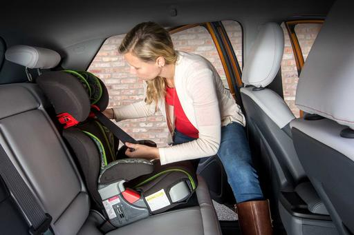 How Do Car Seats Fit in a 2018 Chevrolet Bolt EV?