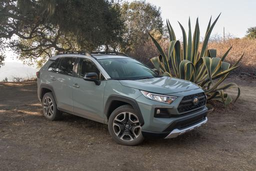 2019 Toyota RAV4: 5 Things We Like (and 5 Not So Much)