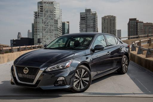 2019 Nissan Altima Review: More High-Tech Than Highbrow