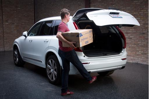 Which 2016 Cars Have Hands Free Liftgates
