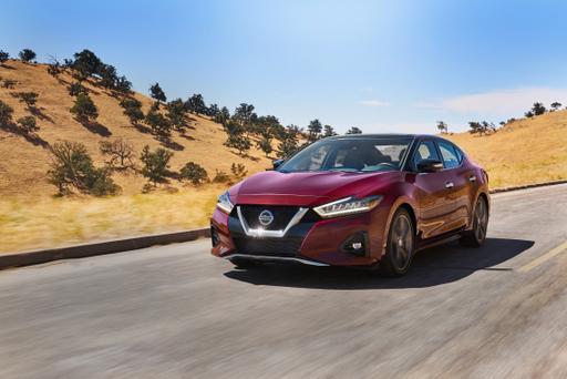 2019 Nissan Maxima Maximizes Sportiness, Luxury