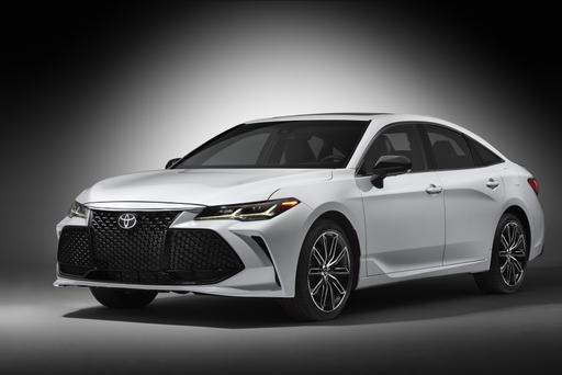 2019 Toyota Avalon Gets Aggressive Amid Sedan Slump