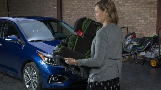 How Do Car Seats Fit in a 2018 Hyundai Accent?
