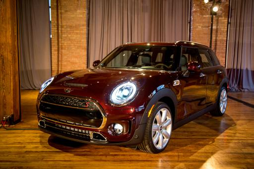2016 Mini Clubman: Inside and Out