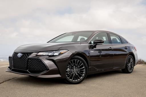 2019 Toyota Avalon First Drive: Your Road Trip Hero Has Arrived