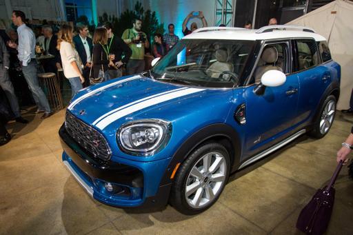 2017 Mini Countryman Preview News Cars Com