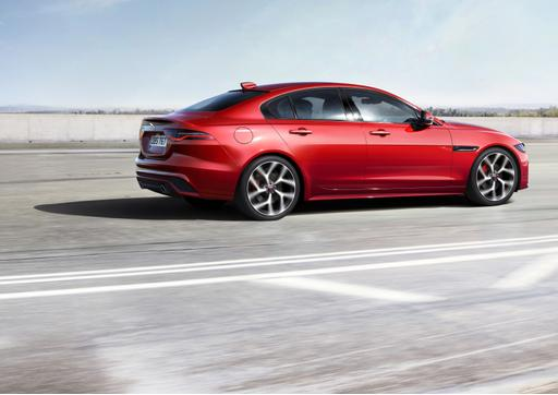 2020 Jaguar XE Gets Updated Styling, Drops V-6 and Diesel Engines