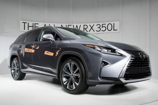 2018 Lexus RX 350L's Third Row Isn't for Adults