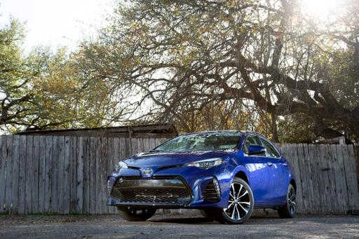 2017 Toyota Corolla Review: Photo Gallery
