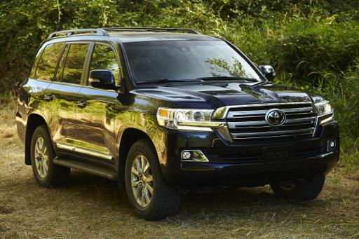 5 Things We Want in the New Toyota Land Cruiser