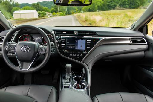 2018 Toyota Camry Review: Interior Photo Gallery