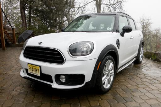 2017 Mini Countryman Earns Top Safety Pick Award