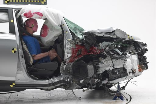 IIHS Finds Front Passenger Gets Less Crash Protection, May Add New Test